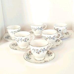 BARRATT'S 6 Tea Cups with Saucers